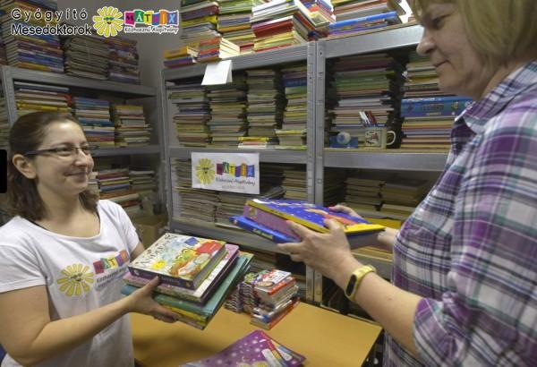 Mesedoktorok - 80 gyermekkorházat támogattunk