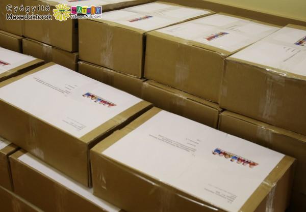Mesekönyv csomagok gyermekkórházaknak a mesedoktoroktól