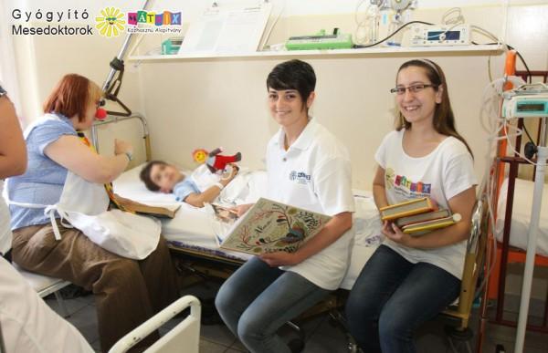 Gyógyító mesedoktorok, kórházi segítő program