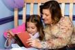 A meseolvasás során új dolgok nyílnak meg a gyermekek előtt, melyek felkészítik a jövőre